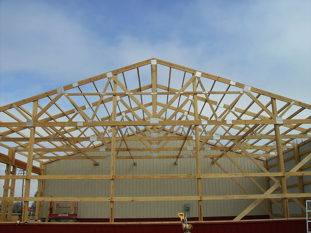 Setting Roof Trusses Pictures To Pin On Pinterest Pinsdaddy